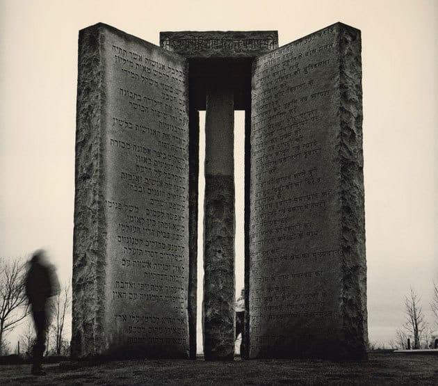 Ff Guidestones F American Stonehenge - Monumentul Din Georgia Si Noua Ordine Mondiala