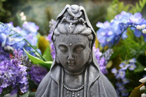 Quan Yin3 Legenda Zeitei Compasiunii – Quan Yin